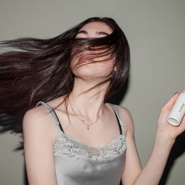 How to Properly Apply Your Hair Product